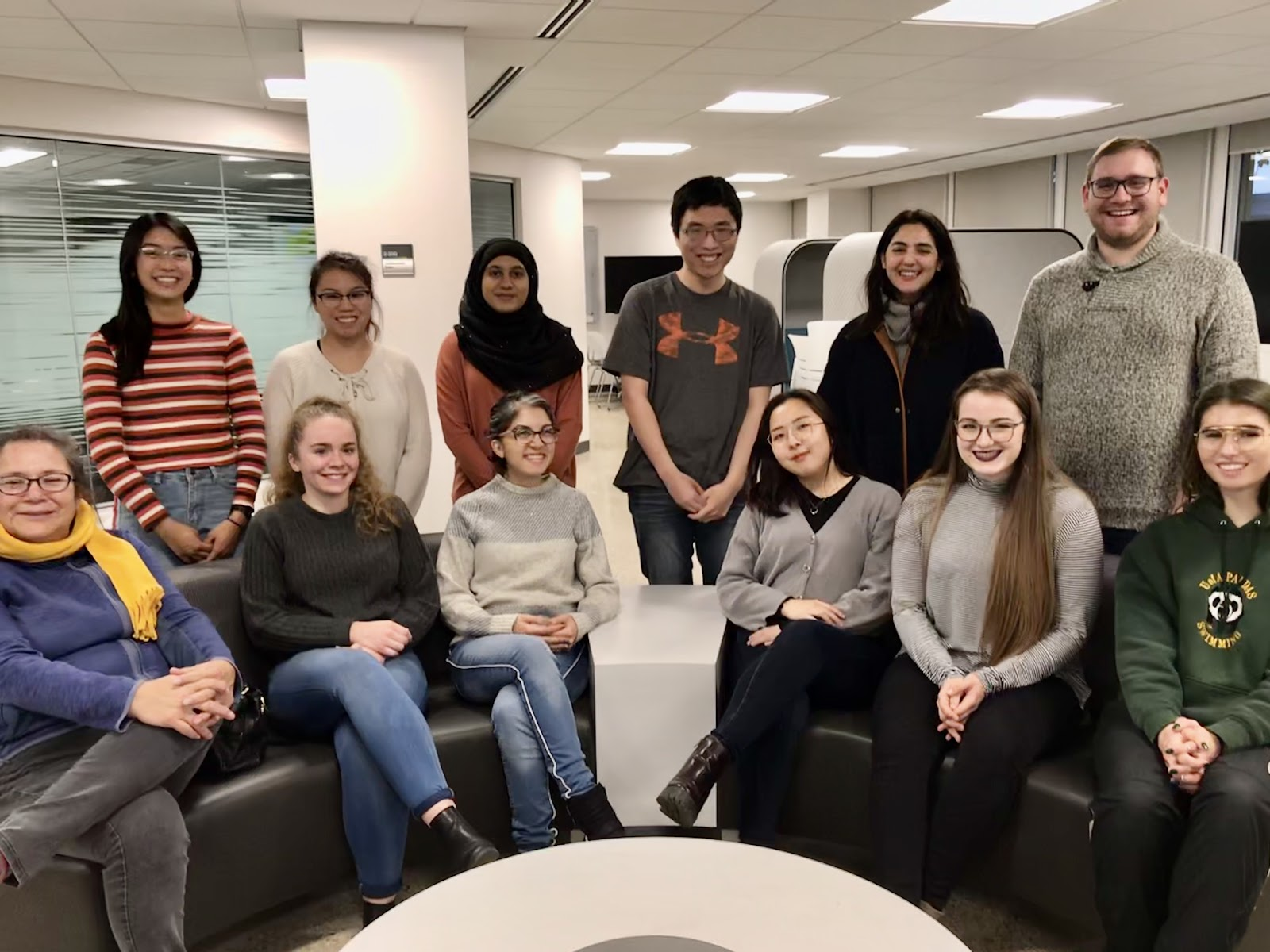 group photo of the 2019 student library advisory committee
